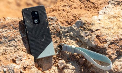 Motorola Defy 2021: kochamy remake, ale czy ten ma sens?