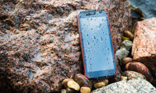 Maxcom MS572: weź go na wakacje zamiast codziennego smartfona!